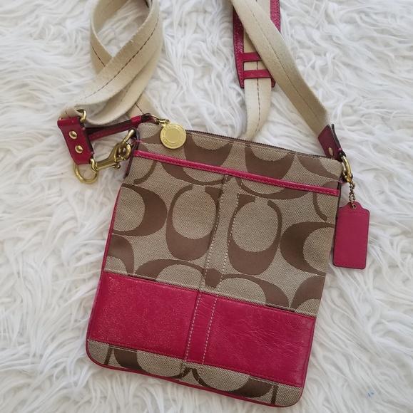 Coach Handbags - Coach crossbody bag